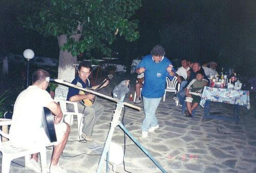 Mpourounia 2002 (6)