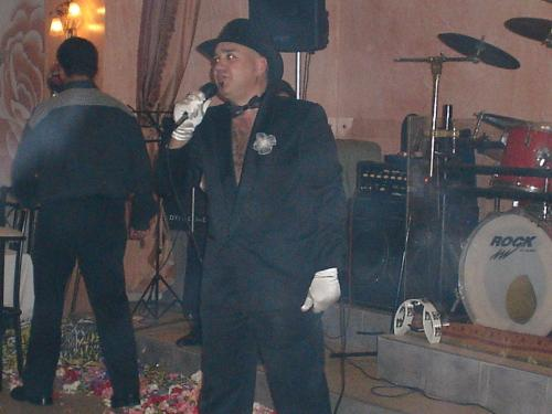 4-3-2005 Maske party