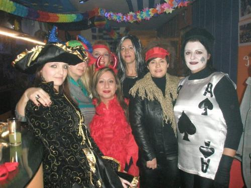 2. 18 Maske party
