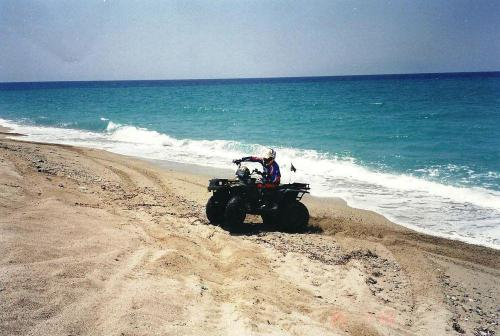 ATV Polaris 26-7-2002 (7)